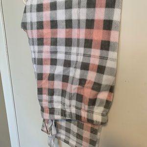 Woman's fleece sleep pants